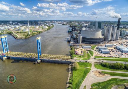 Kraftwerk im Hamburger Hafen HDR