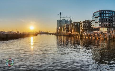 Sonnenuntergang in der Hamburger Hafencity