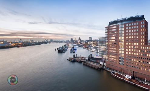 Hamburger Hafen HDR von der Elbphilharmonie aus fotografiert